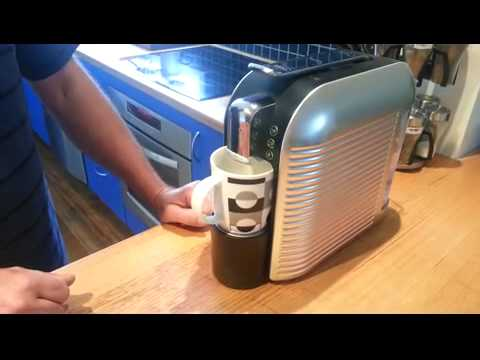 easy way to refill coffee pods for aldi expressi k fee starbucks verismo machines hot coffee. Black Bedroom Furniture Sets. Home Design Ideas